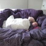 Formiddagslur i mor og fars seng